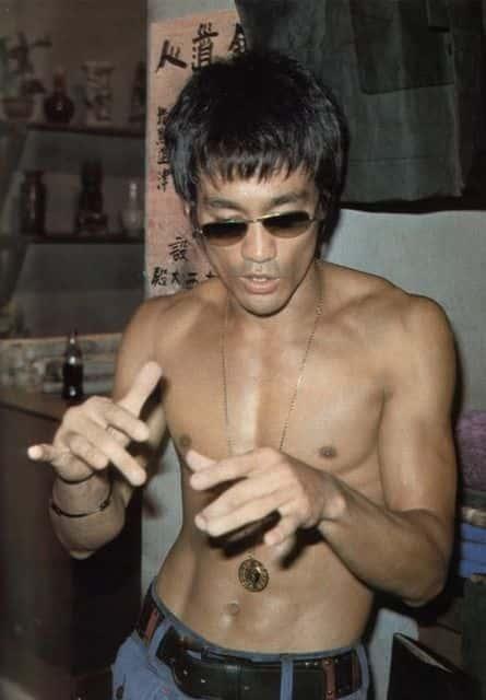 Batuta e infalível como Bruce Lee